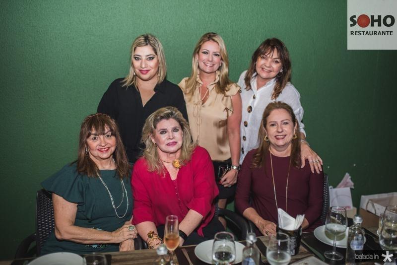 Carmen Cinira, Manu Romcy, Sandra Romcy, Tatiana Luna, Ana Lurdes Almeida e Cristina Aragão
