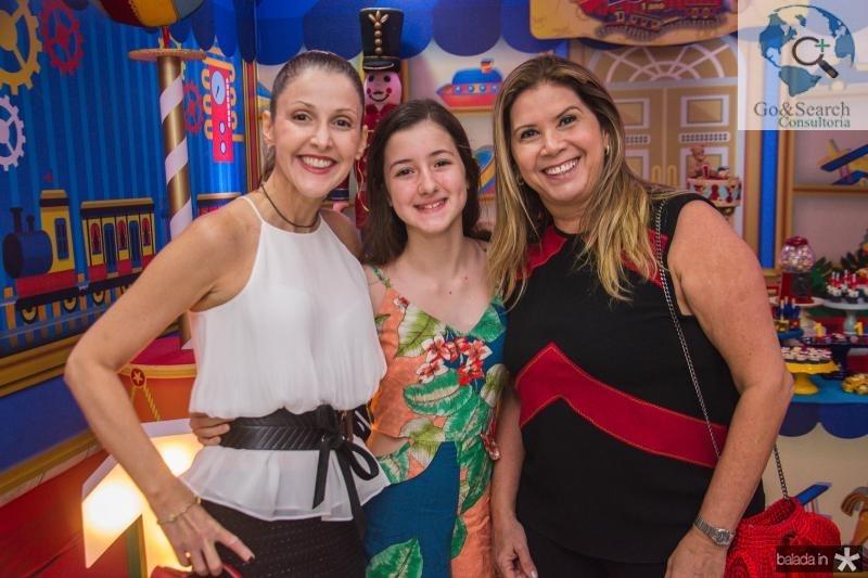 Mauria Cesar, Amanda Cesar e Thethe Figueiredo
