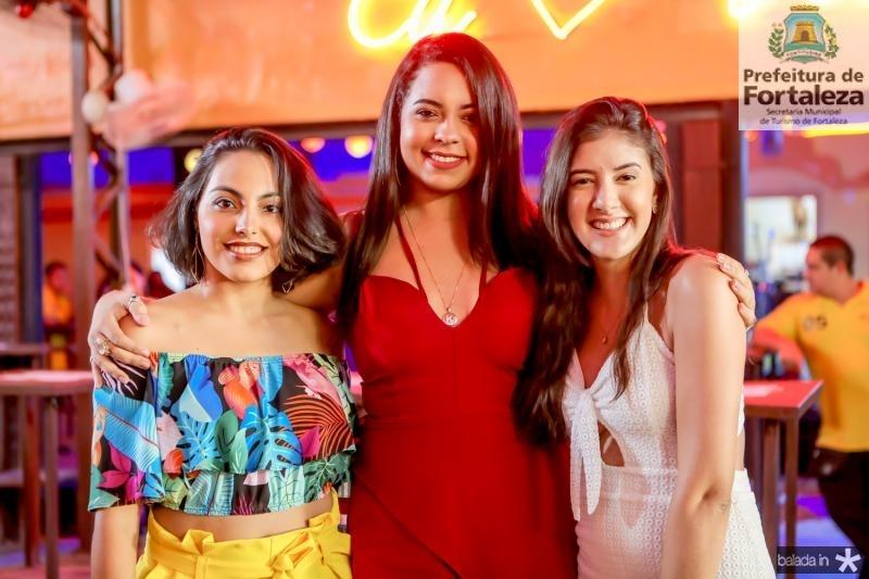 Vanessa Oliveira, Cassia Santiago e Virna Marques
