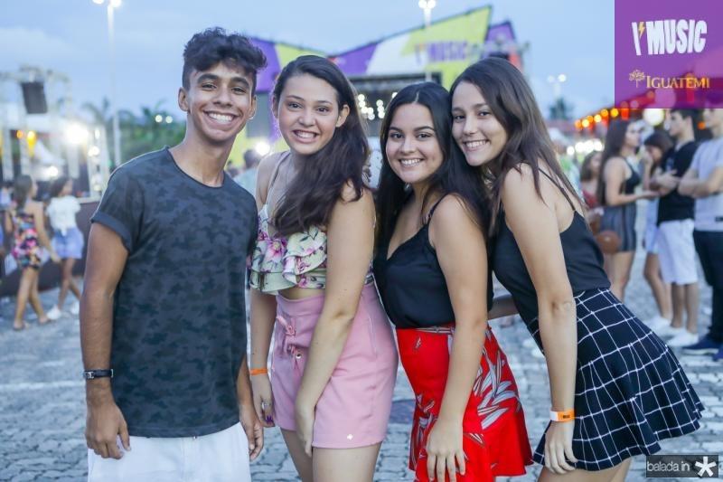 Joa Andre, Bia Pimentel, Laura Andrade e Julia Araujo