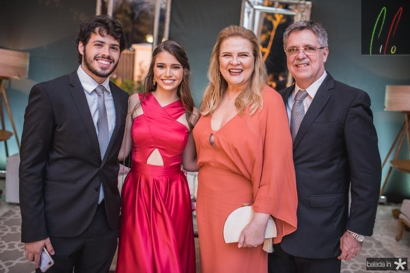 Gabriel Huet, Thayna Barroso, Valeria Gama e Jose Carlos Gama