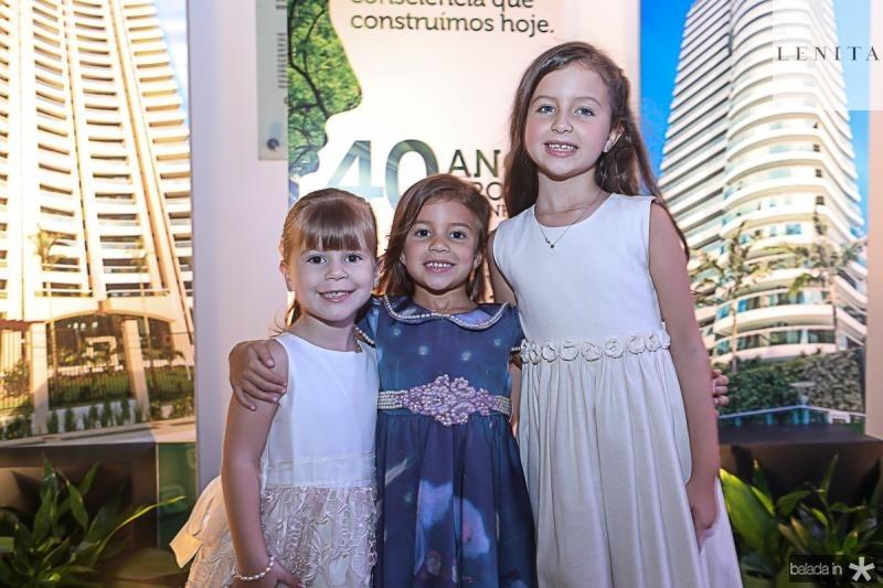 Luiza, Helena e Thais Rolim