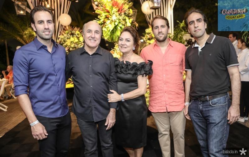 Vitor, Silvio, Paula, Rodrigo e Thomaz Frota