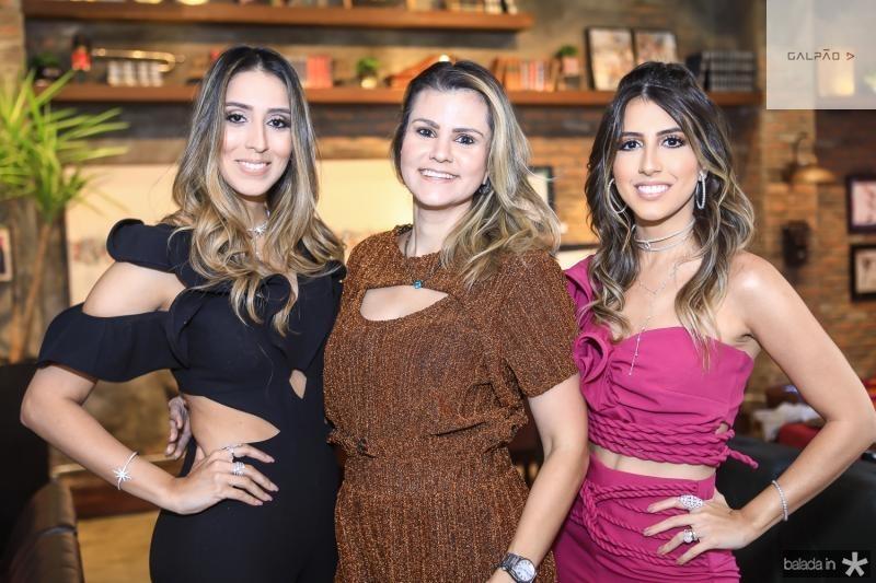 Natalia Ximenes, Carine Moreira e Taira Romcy
