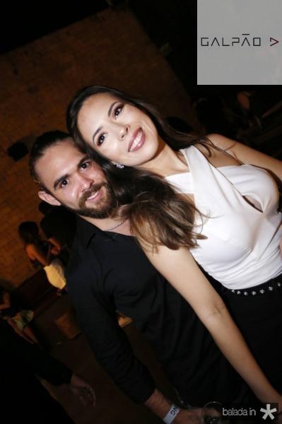 Gabriel Albu e Rebeca Ysle