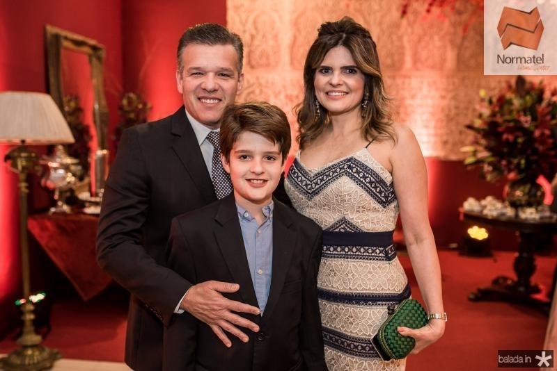 Ferruccio, Ferruccio Filho e Cristine Feitosa