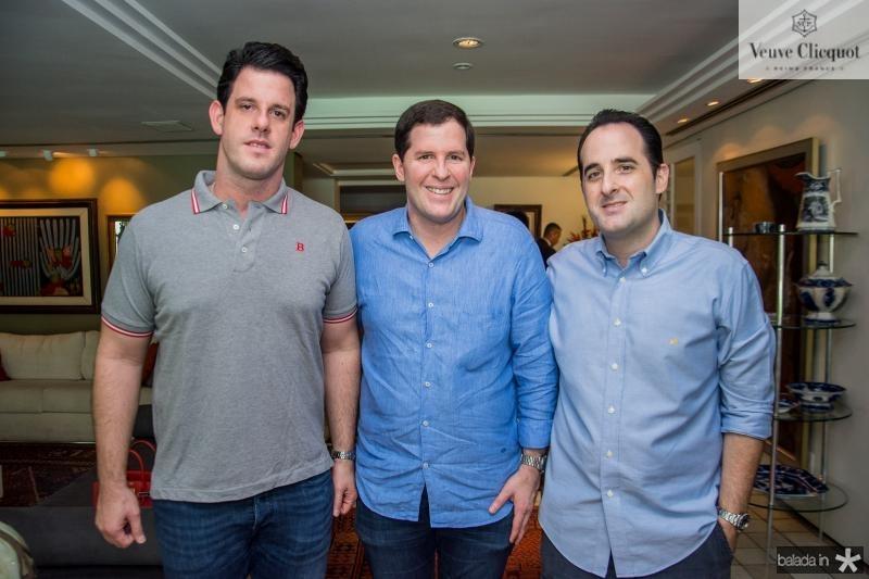 Eduardo, Rodrigo e Leonardo Carneiro