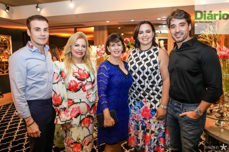Rodrigo Maia, Solange Maia, Neuma Figueiredo, Patricia Bessa e Rodrigo Porto