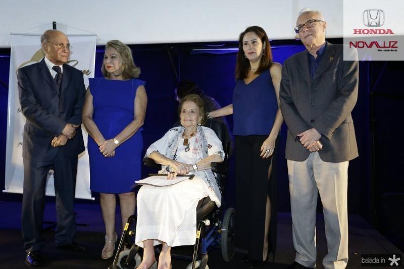 Joao Soares, Iracema do Vale, Suzana Ribeiro, Alessandra Soares e Jackson Coelho