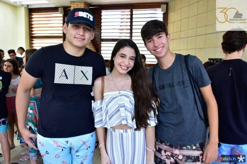 Felipe Osmar, Maria Eduarda Martins e Paulo Filho