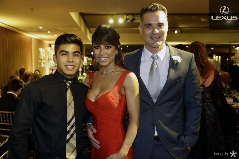 Diego, Katia e Rodrigo Lobo