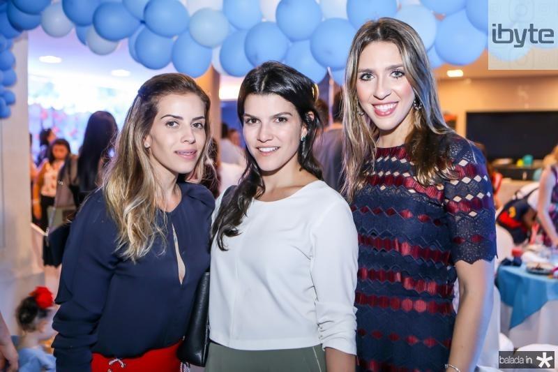Isabel Brasil, Liana Brasil e Roberta Ary