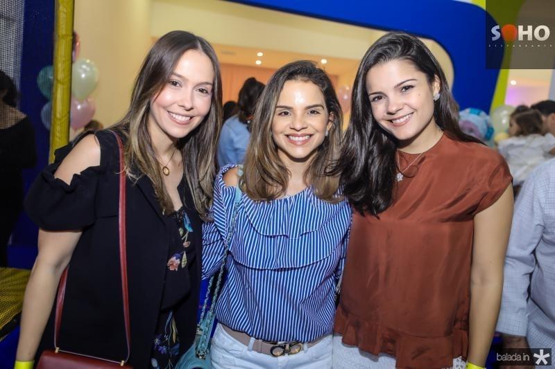 Rafaela Asfor, Viviane Martins e Priscila Beco