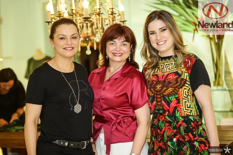 Lucia Praciano, Cristiane Chaves e Maria Clara Dalolio