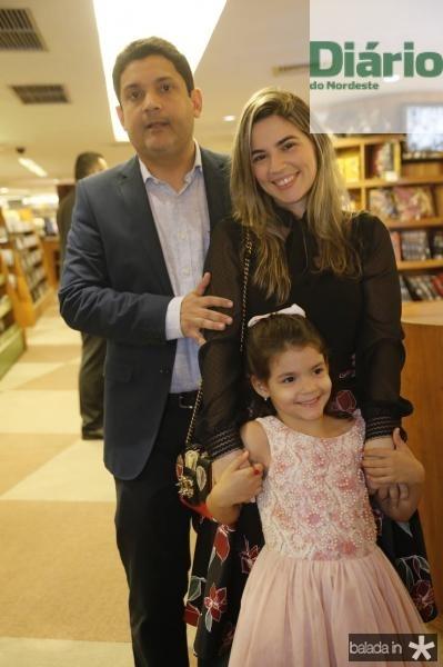 Bruno Queiroz, Juliana Bastos e Maria Beatriz