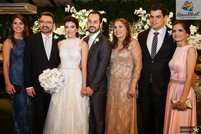 Marcela Pontes, Joao Tagera, Beatriz Pontes, Felipe Barreira, Divane, Davi e Camila Pontes