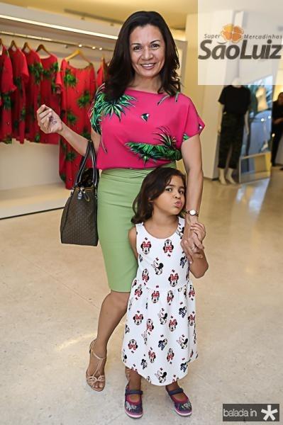 Monica e Sarah Kahla