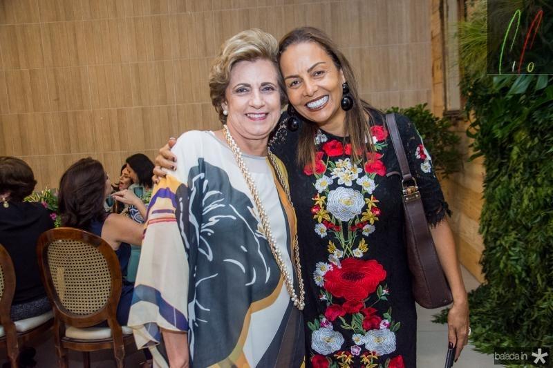 Regina Aragao e Gil Santos