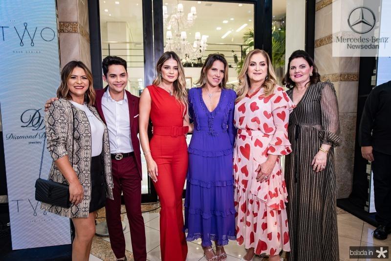 Veridiana Ferreira, Antonio Felipe, Thassia Naves, Ana Carolina Fontenele, Simone Naves e Luiziane Esteves