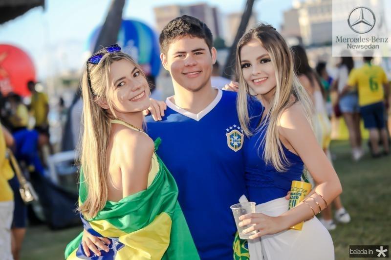 Bruna Palacio, Leandro Camara e Vitoria Paulino