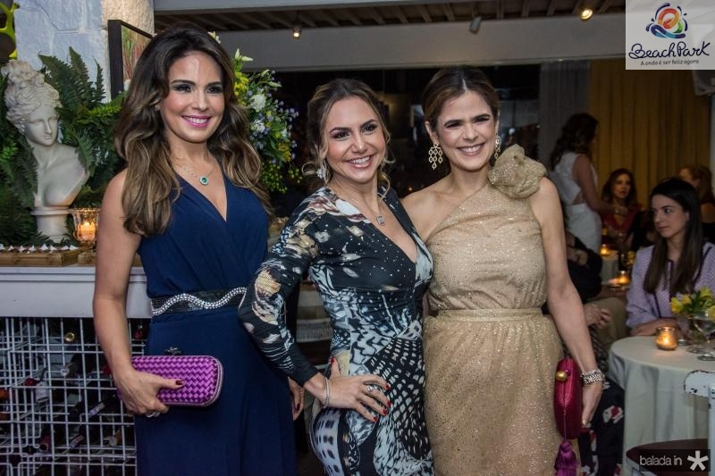 Eveline Fujita, Adriana Queiroz e Niedja Bezerra