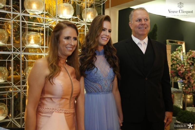 Gabrielle, Clara e Charles Dal Belo 2