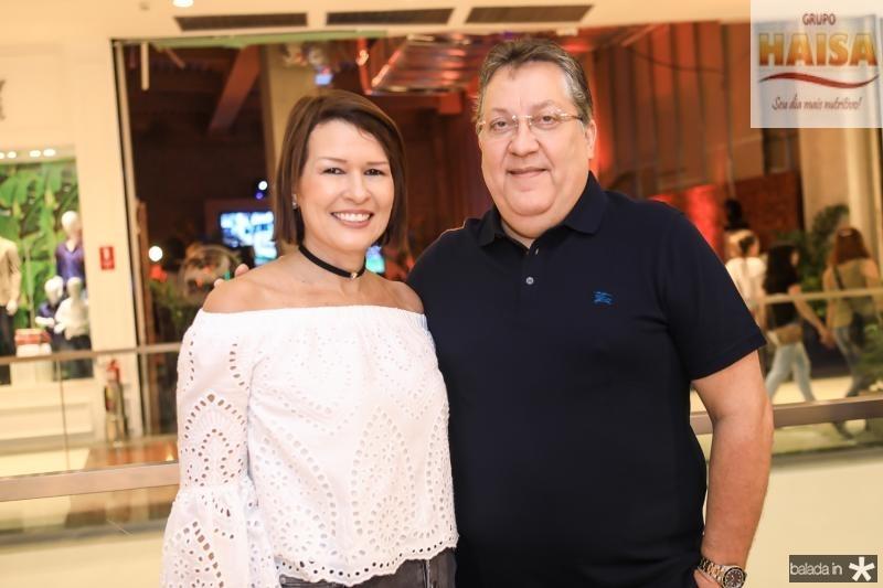 Ana Paula e Valdomiro Tavora