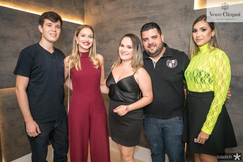 Dolglas Bezerra, Nathali Sousa, Jessica Lima, Welingtom Dantas e Ladinne Campi