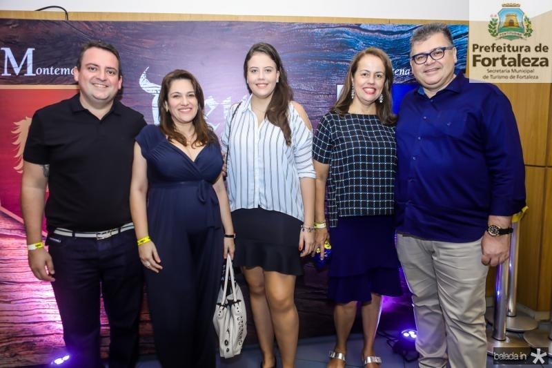 Aquiles Barreto, Raquel Camara, Beatriz, Isabel e Marcos Gomide