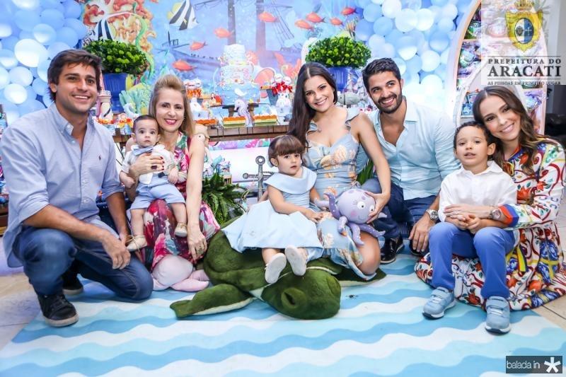 Jorge Ximenes, Artur Becco, Tereza Ximenes, Luiza, Priscila e Bruno Becco, Lucca e Rafaela Asfot