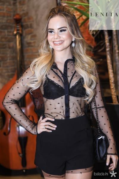 Lara Nobrega