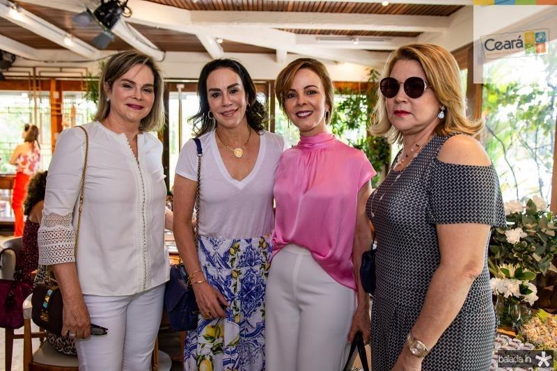 Jaqueline Mota, Virginia Ary, Karisia Pontes e Andrea Aguiar