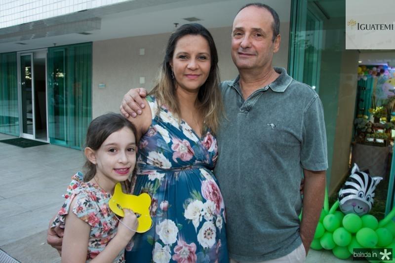 Lia e Malu Torres e Zeca Moraes