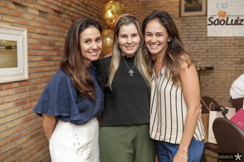 Claudiana e Adriana Loureiro, Bia Bezerra