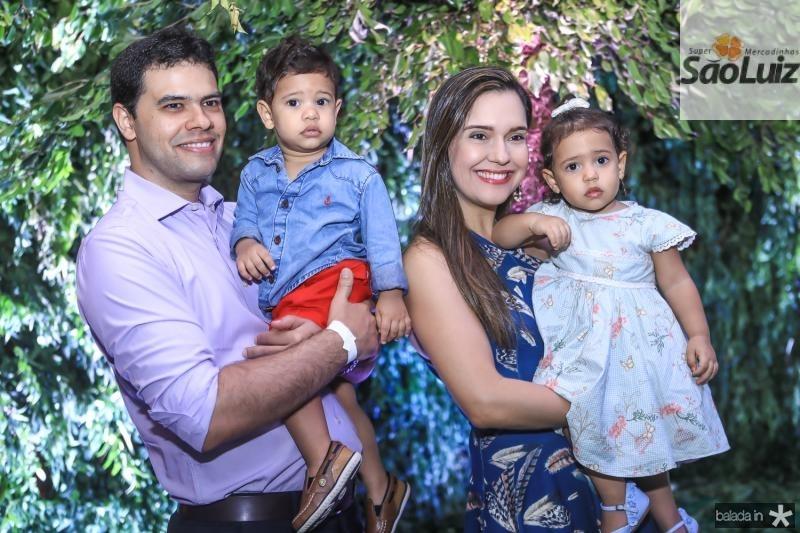 Carlos, Eduardo, Cristiane e Helena Viana