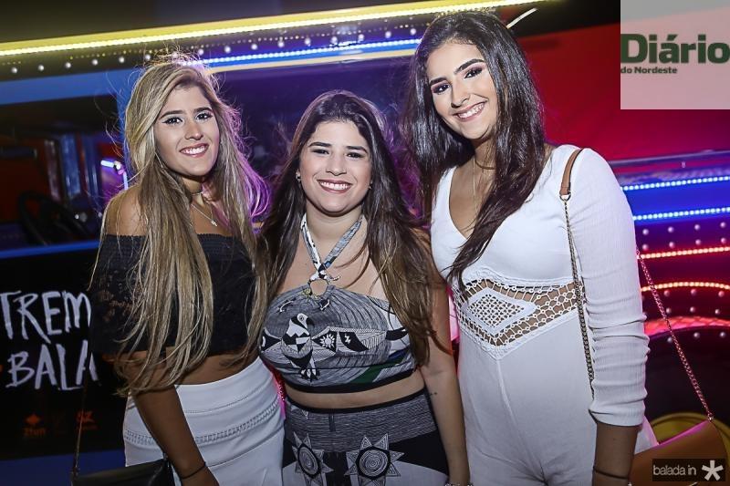 Vitoria Araujo, Manuela Ary e Livia Araujo