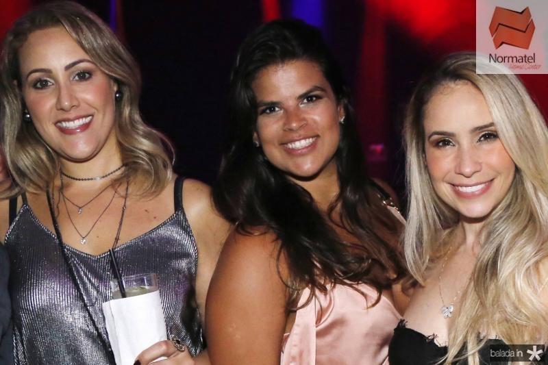 Marcia e Thaisa Moreira e Thaise Lopes