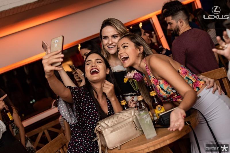 Isabela Maciel, Raysa Costa e Evila Oliveira
