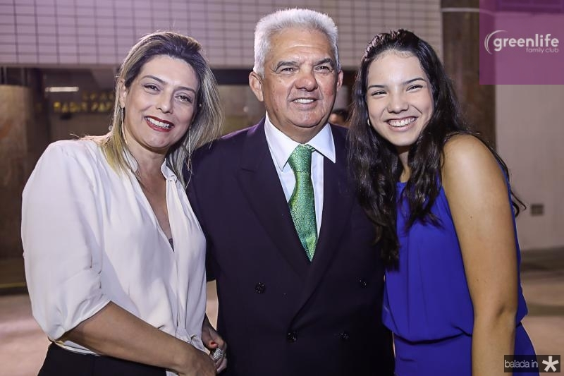 Jaqueline, Tales e Hildete Sa Cavalcante