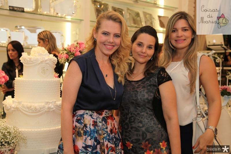 Branca Mourão, Val Tavares e Kamila Monteiro