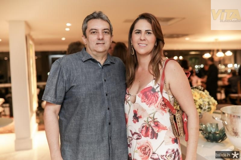 Guedes Neto e Georgeana Sales