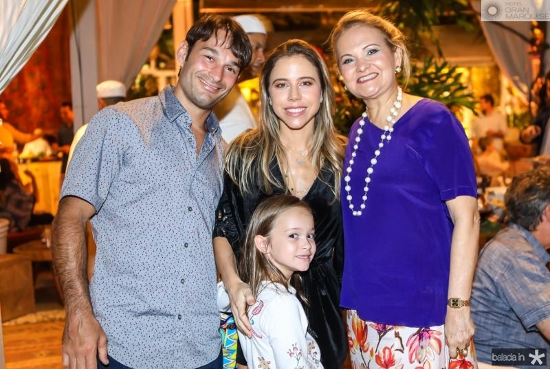 Claudio, Mirela, Yolanda e Lenise Rocha