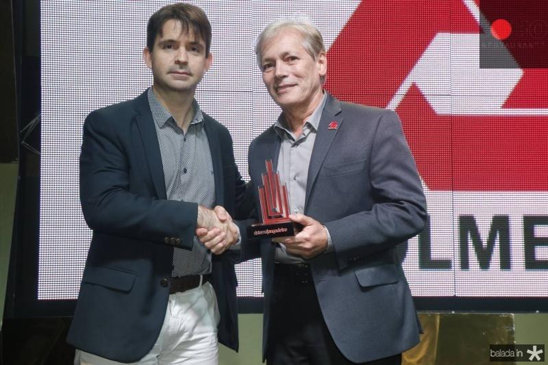 Rodrigo Guilhon e Otacilio Valente Construtora Colmeia
