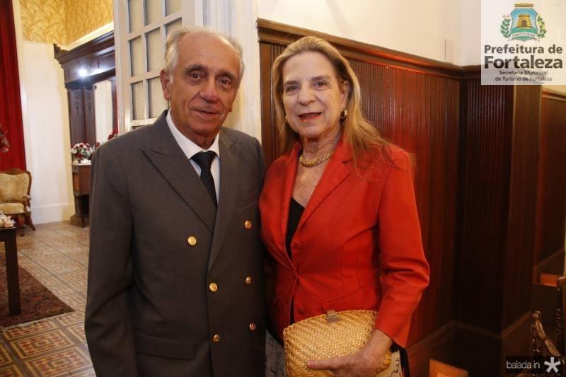 Joao Guimaraes e Anya Ribeiro