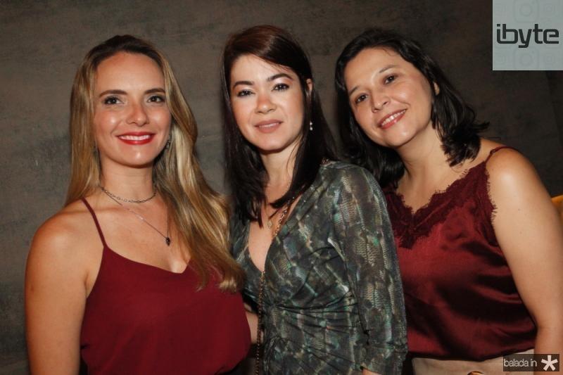 Kilvia Sena, Iara Coelho e Lorena Bezerra
