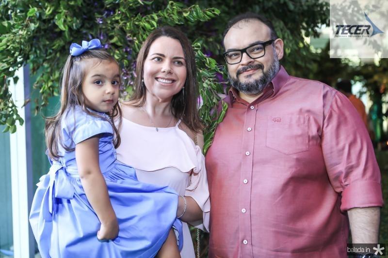 Sara, Rebeca e Flavio de Moura