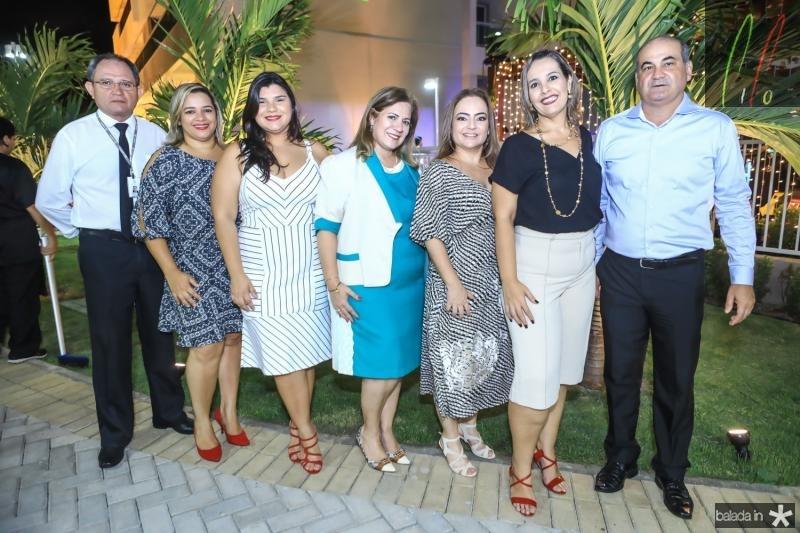 Antonio Melo, Elisangela Arruda, Darlene Soares, Liz Ramalho, Andrea Coelho, Alice Teles e Ivan Carlos