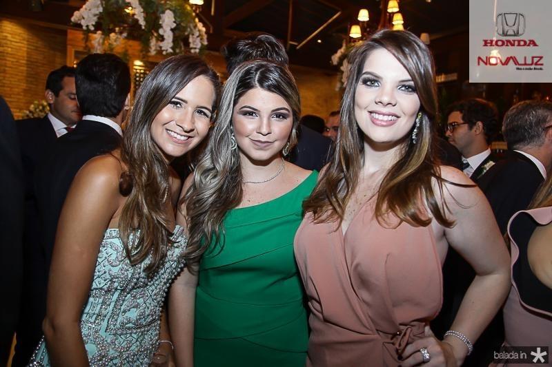 Karina Brasil, Claudia Studart e Erilan Girao