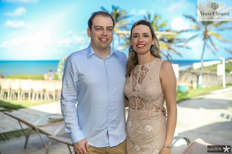 Douglas Curt e Cristiane Borges