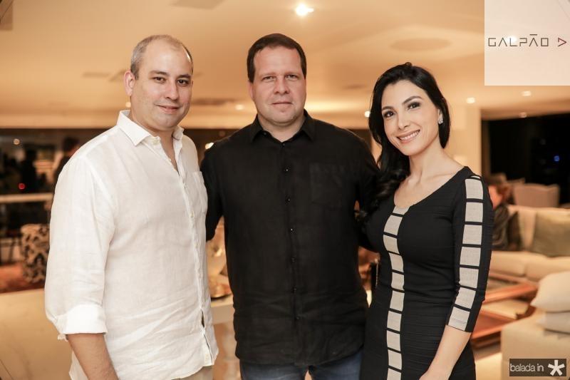 Andre Linheiro, Edson Ventura Filho e Daniele Linheiro